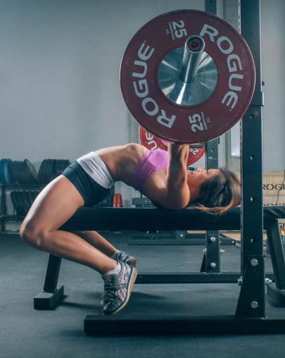 ashleymason_brit_and_co_weightlifting